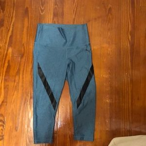 Cropped blue PUMA workout leggings
